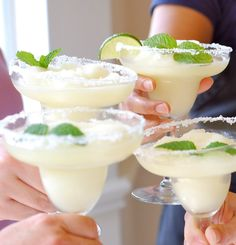 memphi margarita, cups, maids, juices, blenders, limes, drink bar, drinks, double lime margarita