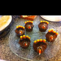 Turkey cupcakes so easy & cute the kids loved them thanksgiving day (my kids helped me decorate there a little not perfect but the kids enjoyed it so that's all that matters...