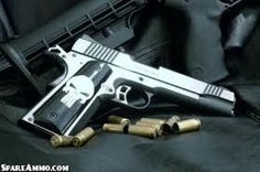Kimber  Pistol with Skull
