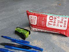 DIY: Reusable Shopping Bags Into Zipper Pouches