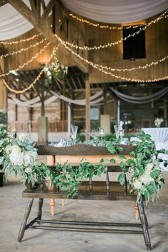 Pretty rustic barn d