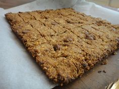 homemade peanut butter chocolate chip granola bars