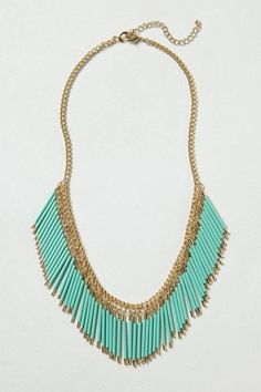Fringed quills necklace.