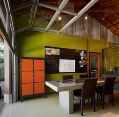 A garage becomes the perfect office. #garage #architecture