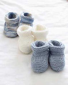 Sweet little booties to knit out of Bernat Handicrafter Cotton or Bernat Satin.