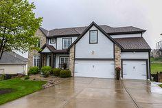 FSBO-KC Home For Sale 5218 Albervan Street, Shawnee, KS 66216 Johnson County