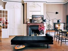 7 Secrets to Decorating Like the French: We've cracked the code on the mysteries of impeccable Français style.