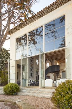 Architecture for those who enjoy bringing the outdoors in!  Love the windows and sunshine this home offers.