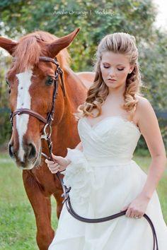 Wedding Ideas: Bridal Hair: love this half updo!