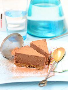 Raw Chocolate Cake - Vegan