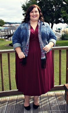 """Blogger Rebecca (5'4"""") from theplussideofme.com looked every bit like a fashion scholar in our Trinity Twist Dress.  She added her own personal touches to stay comfy and stylish like a denim jacket and a scarf that complement the dress perfectly!  #KiyonnaPlusYou  #Plussize  #MadeintheUSA  #PlusSizeFashion  #PlusSizeDresses"""