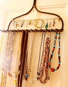 13 DIY Jewelry Organizers That Will Make You Happy #inspiration #DIY #amazing