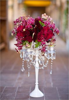 red flower arrangment - different shades, from pink to wine