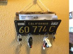 Barn Wood Vintage License Plate Mail  and Key Holder