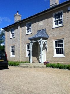 Enjoy 2 weeks summer break this July in this pretty English home caring for dog & cats. 50mins to London.