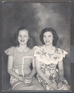 Two lovely girlfriends c.1940s. #vintage #1940s #dresses