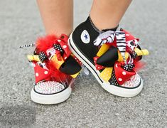 converse mickey mouse:)
