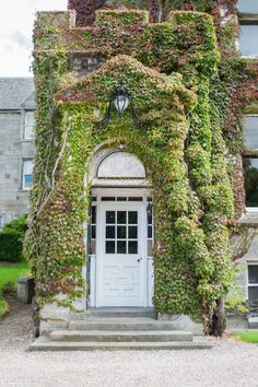 Traditional Exterior by Amelia Hallsworth Photography