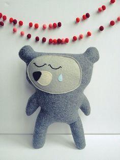 London the sad bear, plush by virginiejolie