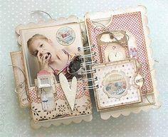 Beautiful mini album w/lots of photos!