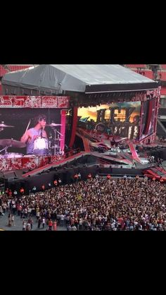 5SOS at Wembley 6/6/14