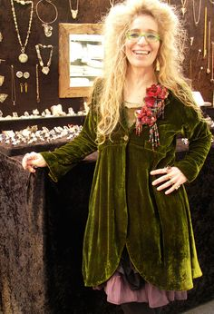 Jewellery Designer, Lila Stern-Shewery is wearing her favourite velvet Long Scoop Jacket at one of her many exhibitions.
