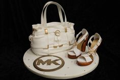 Michael Kors purse and shoe cake! Fabulous! My 25 birthday cake!!!!!