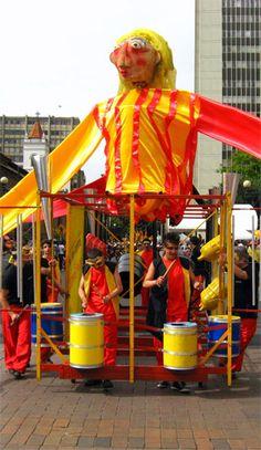 Fiesta de Bogotá: Aunque la denominación de esta celebración es muy reciente, el origen de ella se ubica en el siglo XVI. En 1539, un año después de la fundación de Bogotá, la Corona Española impuso el festejo de las Carnestolendas de Santa Fe y Bogotá, carnaval con una elevada y obligatoria dosis de religiosidad. Esta fiesta se llevaba a cabo durante los 40 días previos a la Semana Santa.