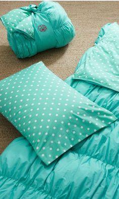 Polka dot sleeping bag #turquoise  http://rstyle.me/n/frfqunyg6