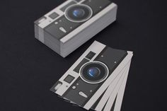Check out Photographer Business Card by https://twitter.com/Itembridge on Creative Market