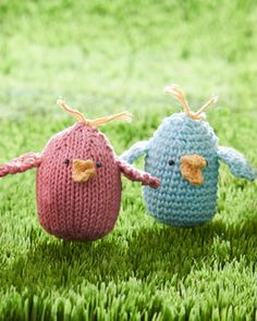 To knit or crochet, why not gift a special someone one of these adorable little birds in Lily Sugar'n Cream?