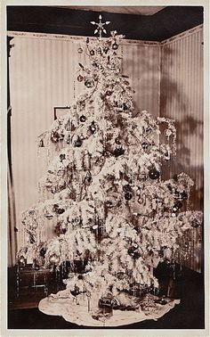 1950s Christmas tree