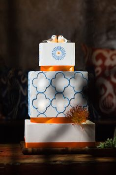 Love the moroccan feel of the cake