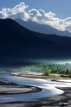 Indus River, Khaplu, Pakistan    Morning.. (by Atif Saeed)