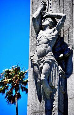 Homenaje a J. E. Rodó, Montevideo, Uruguay *