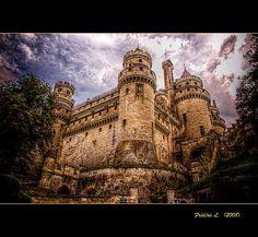 Château de Pierrefonds (France, Oise) by Frédéric.L, via Flickr