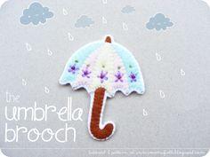 DIY Felt Umbrella Brooch - FREE Pattern and Tutorial