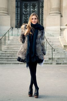 fashion, black outfits, street styles, fur, fall chic, clog, coat, school outfits, street chic