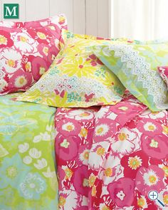 For fun, I will layer my bed with the Laffy Daffy Lilly Pulitzer® Sister Florals Comforter Cover Collection.  #DreamDormRoom #GarnetHill #LillyPulitzer