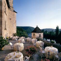Relais & Chateaux - The towers of this château are so close to the river that it feels as if they are floating on it. Château de la Treyne - FRANCE  #relaischateaux #europa