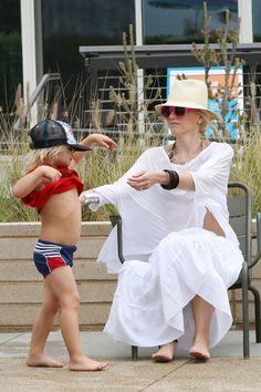 Gwen Stefani and Zumas Santa Monica beach day!