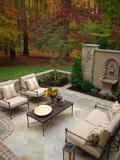 Traditional Patio Design,