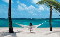 Qualify for free vacations at www.oceanavenue.com