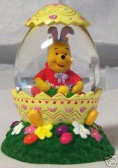 Disney Pooh Easter Bunny Egg Piglet Mini Snowglobe New $26.99