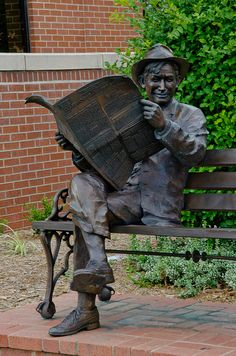 Will Rogers Statue in Tulsa, OK;  photo by photographyguy, via Flickr