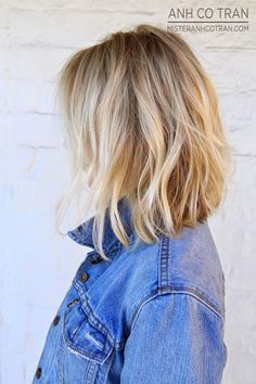 EFFORTLESS AND CHIC HAIR BLENDED BLONDE color