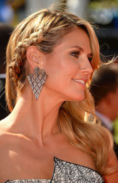 Here are some simple braid hairstyles that are effortlessly stylish that even women who claim to lack any braiding skill can pull off like a master. Come See.