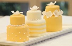 yellow weddings, cake wedding, little cakes, mini wedding, wedding cakes, yellow cakes, mini cakes, dessert, bridal showers