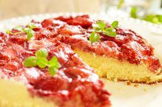Impress your love with this easy strawberry upside down #cakerecipe.  Perfect for special occasions.