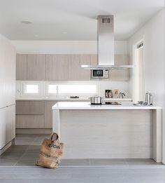 Vaalea keittiö, Deko 149, Asuntomessut 2014